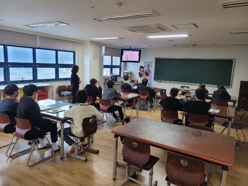 원주_201120_영강쉐마기독학교(중등)_05.jpg